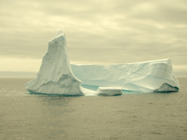 Iceberg color.jpg