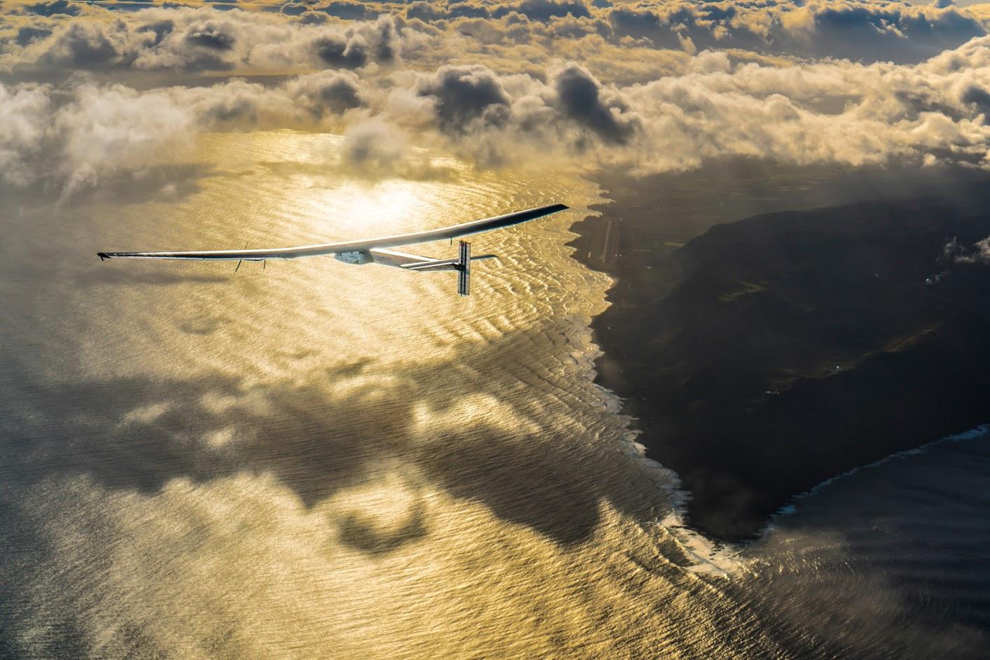 solar impulse 2,tour du monde,100 % solaire,aventure,aéronautique,suisse,bertrand piccard,andré borschberg