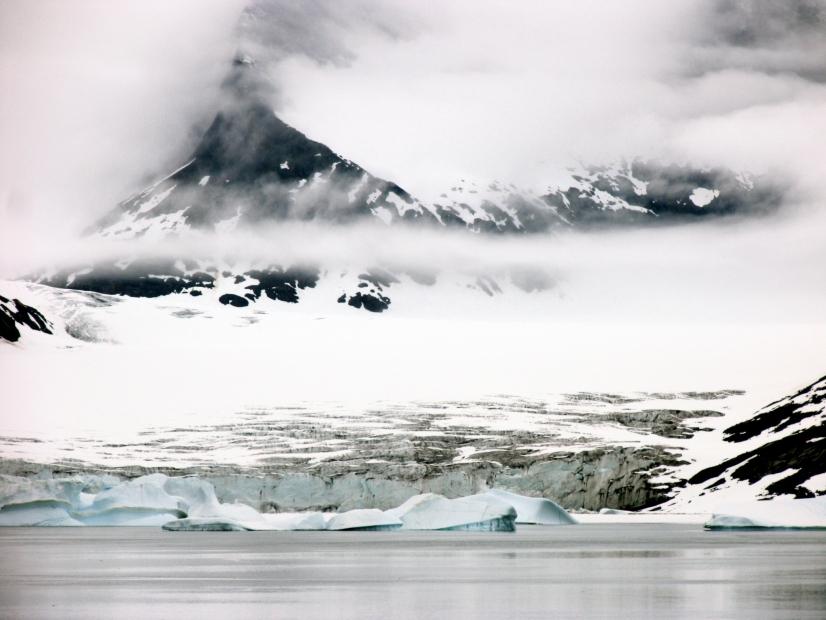 vod,documentaire,dans les pas de paul-emile victor,paul-emile victor,aventru epolaire,eskimo,groenland,inuit