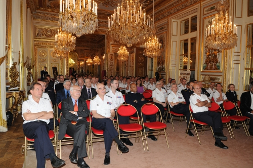 erik orsenna,écrivain,mer,littérature,écrivain de marine,marin,marine,maritimisation