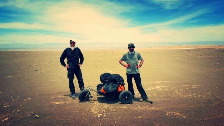 charles hedrich,sylvain bazin,desert,atacama,aventure,expédition