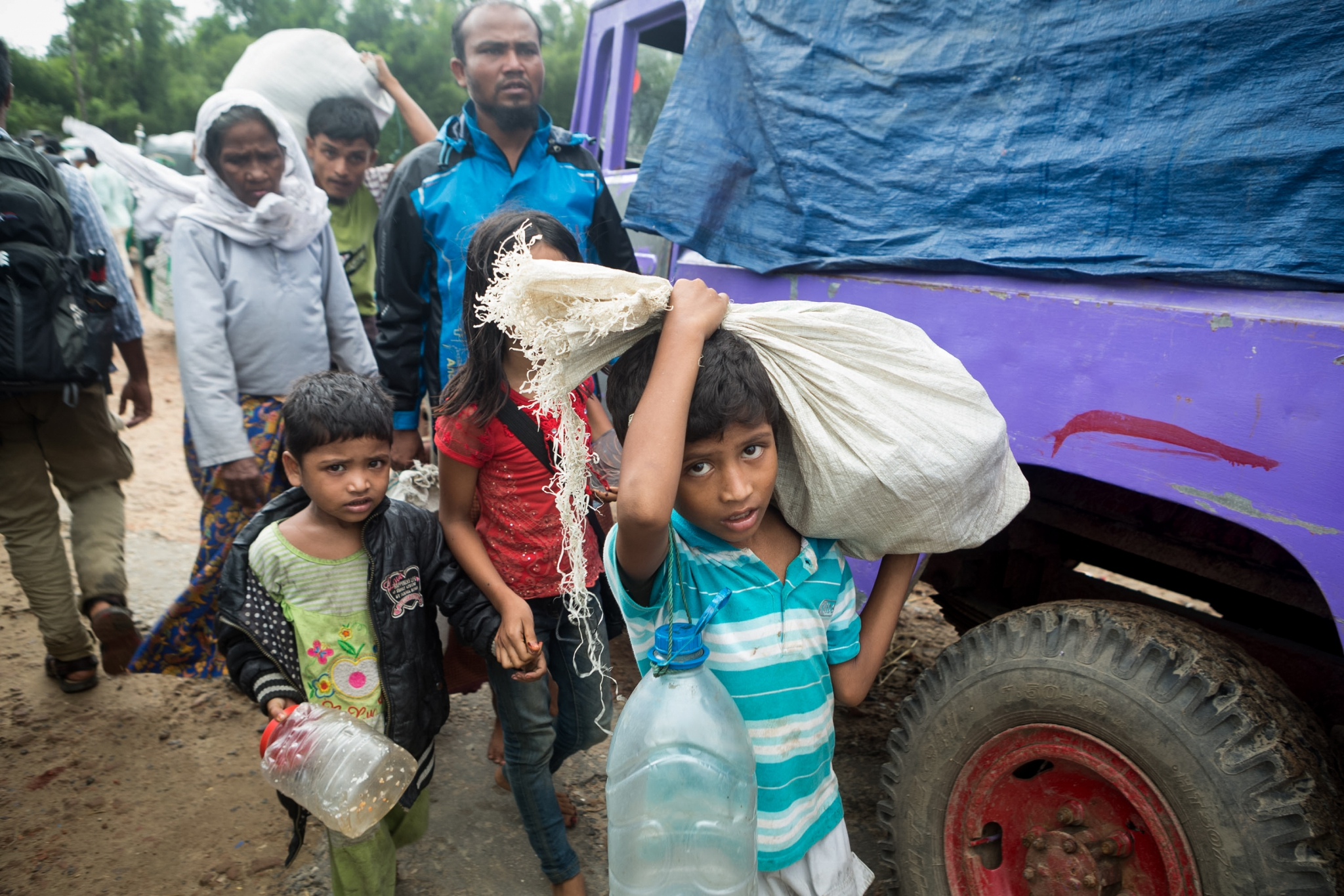 reportage,agence,presse,zeppelin,bangladesh,birmanie,rohingyas,photographe,suman paul,défi,prix nobel,aung san suu kyi,bouddhisme,islam