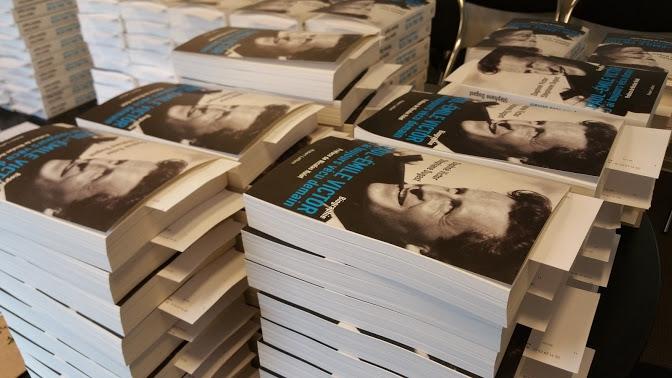 stéphane dugast, auteur, reporter, biographie, paul-emile victor, polaire, aventure, écriture, livre, nantes, breatgne