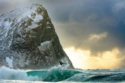 surfing-the-end-of-the-earth.jpg
